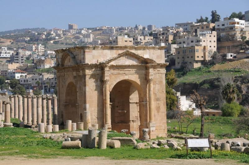 Severní brána města je místo, kde začíná nebo končí Cardo Maximus.