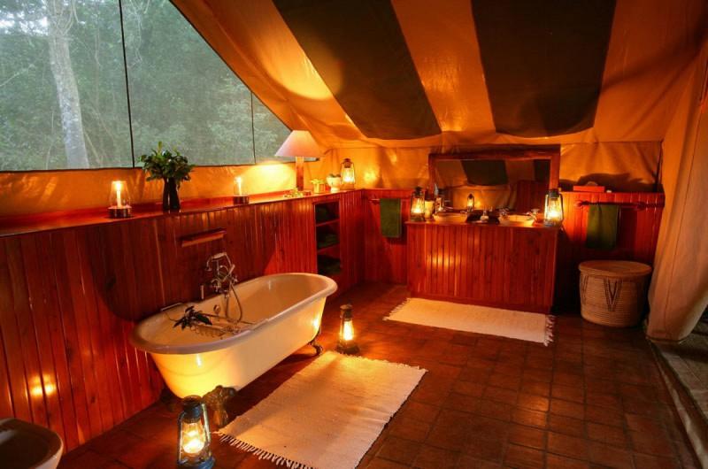 Koupelna ve Vašem stanu je luxusní, jako v 4 * - 5 * hotelu.