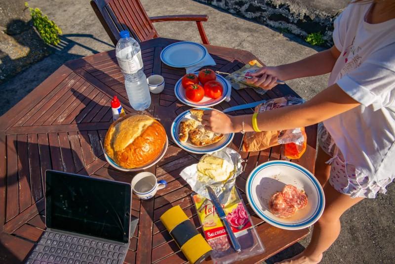 Piknik z místních