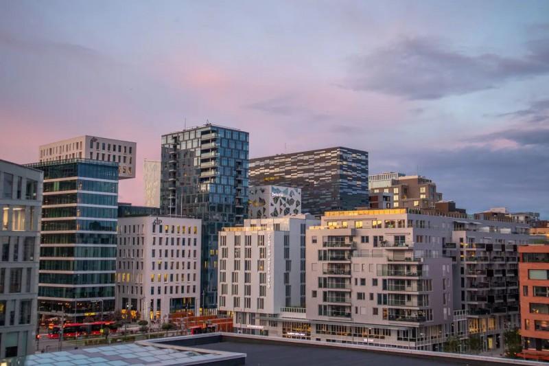 Pohled na moderní business čtvrť.