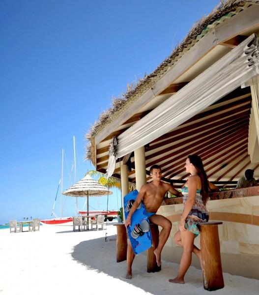 Plážový bar Athiri.