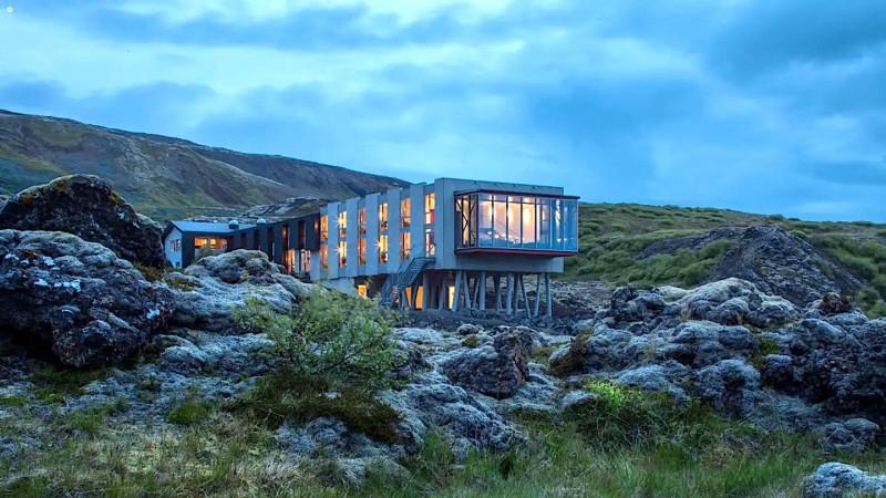 Luxusní hotel uprostřed islandské přírody.
