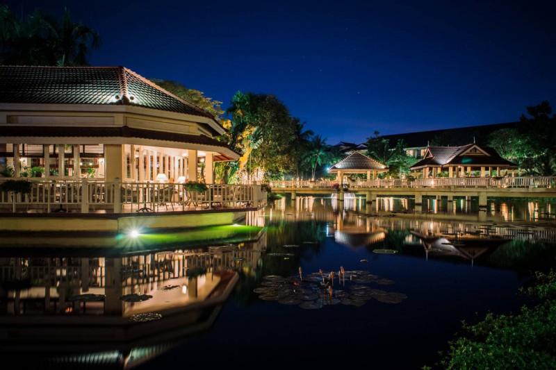 Luxusní hotel Sofitel Angkor Phokeethra Golf & Spa Resort.