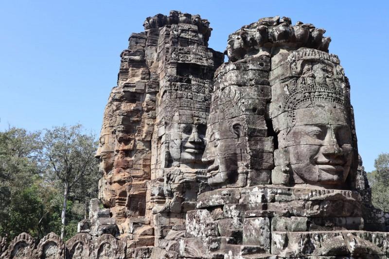 Čtyři usmívající se tváře buddhistického chrámu Bayon.