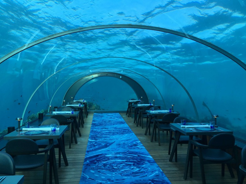 Restaurace pod vodou Hurawalhi