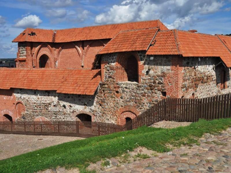 Středověký hrad v Litvě.