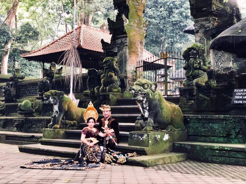 Svatebčané na Bali