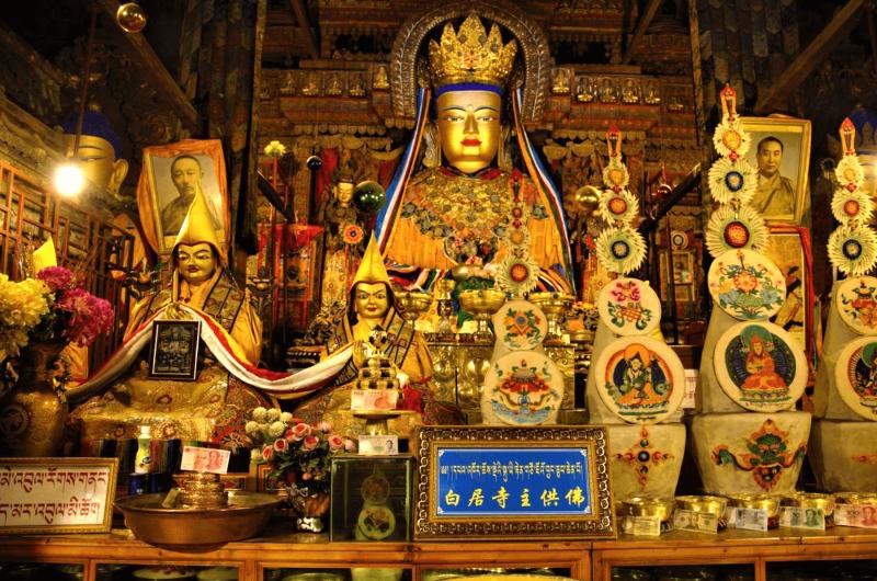 Zlaté sochy a tibetská mystika