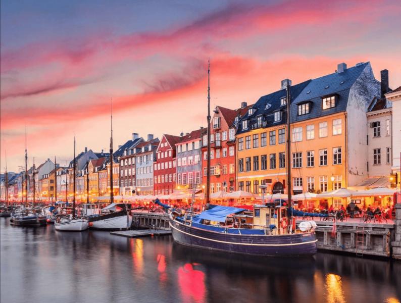 Západ slunce v Nyhavn