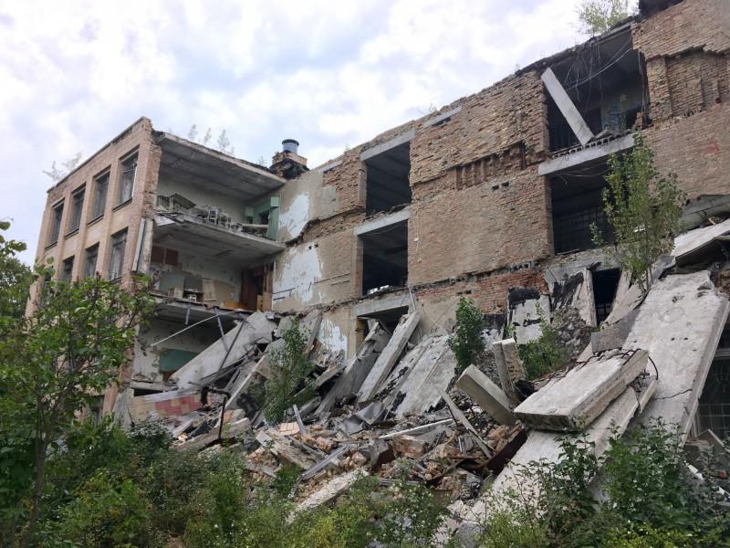 Zničená budova v Pripjati