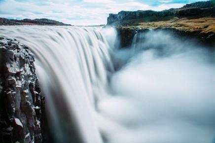 Slavný vodopád Detifoss, druhý nejmohutnější vodopád Evropy a nejmohutnější vodopád ostrova.