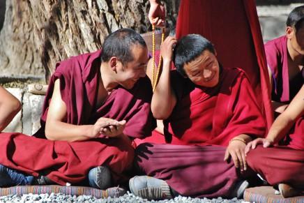 Navštívíme mnichy v klášteře