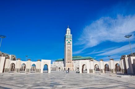Projdete si náměstí před mešitou v Casablance