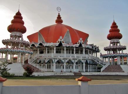 Dřevěné Paramaribo - hinduistický chrám
