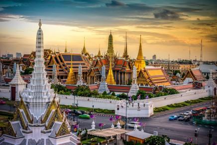 Královský palác v Bangkoku září zlatem