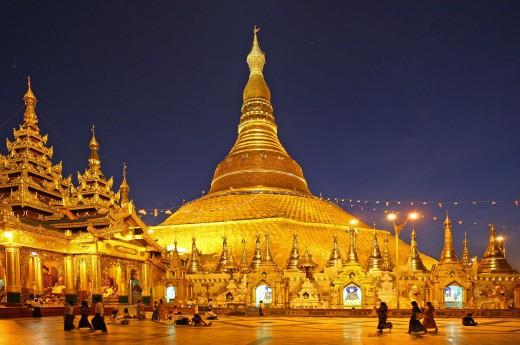Čeká vás podrobná prohlídka Švedagonské pagody