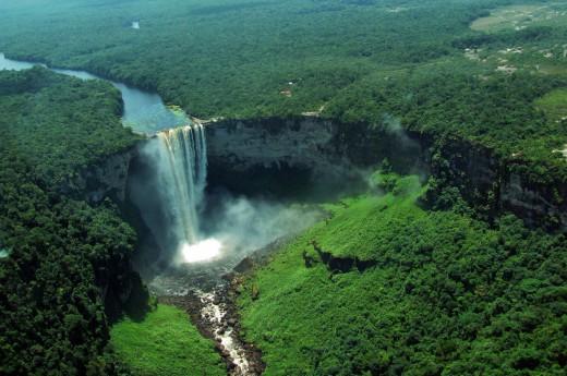 Kaieteur falls, nejvyšší single-drop vodopád na světě