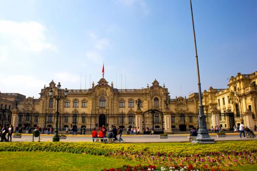 Cestu začneme v majestátním městě králů, v Limě