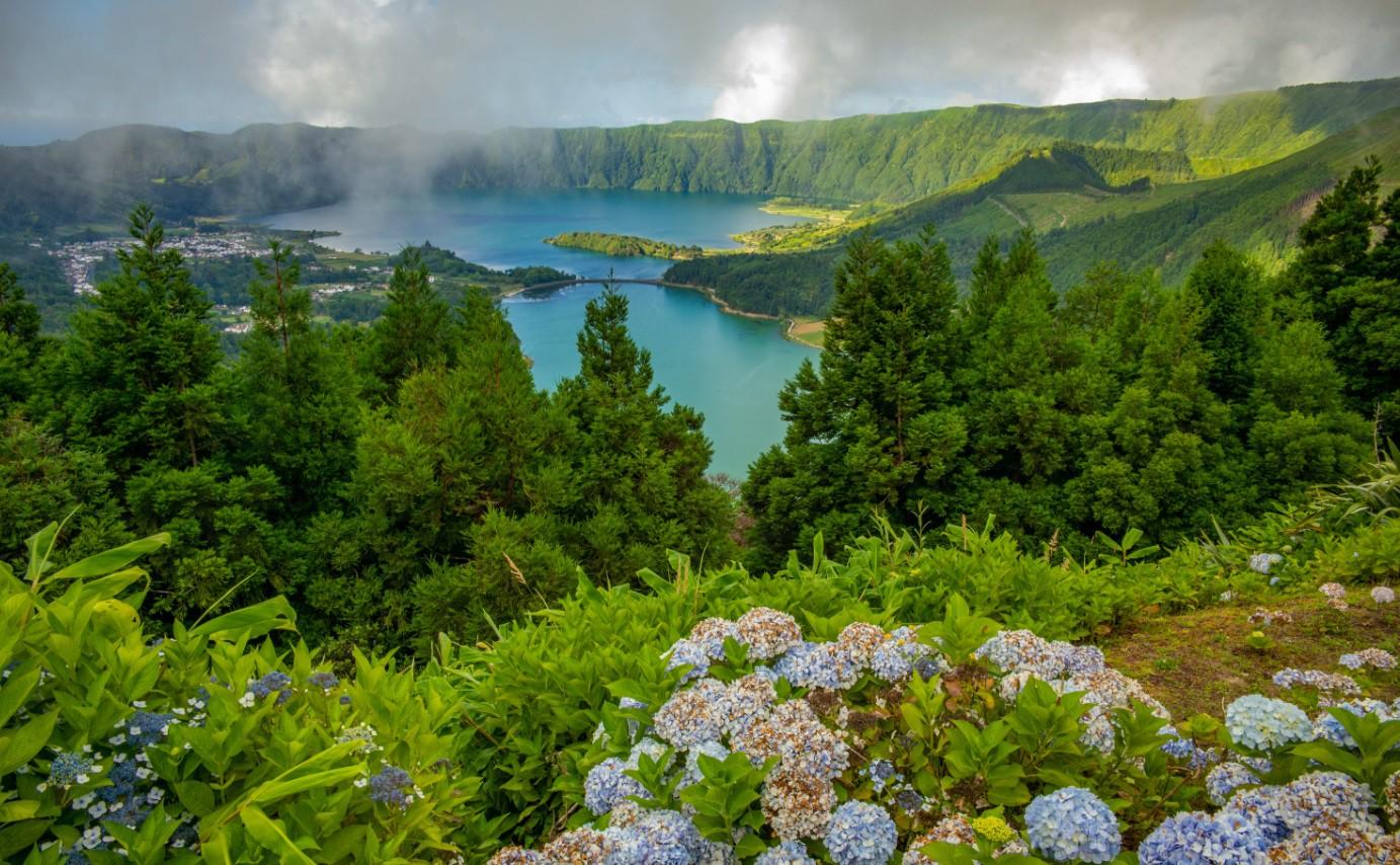 ete Cidades – Azorská Atlantída, reprezentující království 7 mystických míst