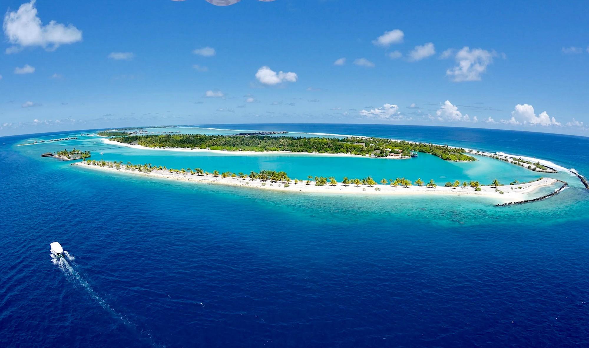 Paradise island Maledivy.