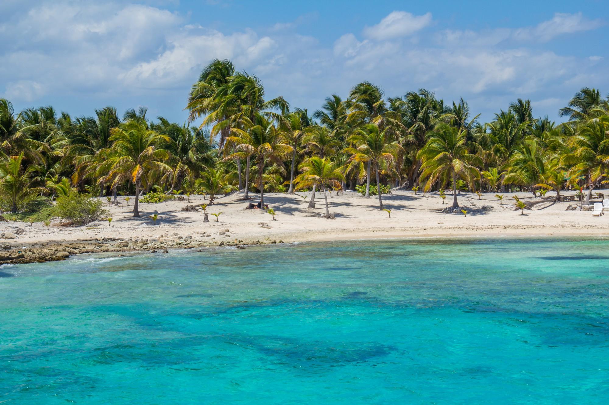 Karibský ráj si užijeme hned od začátku
