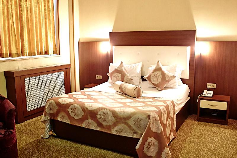 Grand Nakhchivan Hotel
