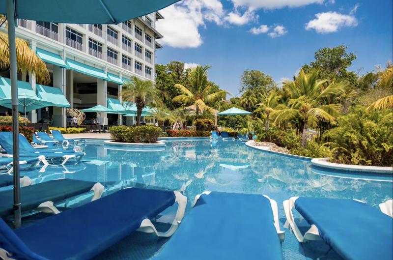 Sheraton Bijao Beach Resort & Spa (nebo Royal Decameron Panama 4*)