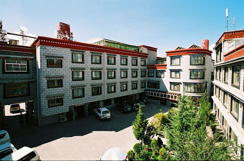 Yak Hotel