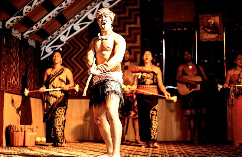 Maorská vesnice Te Puia