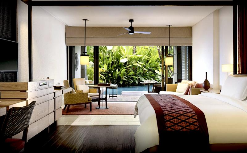 The Ritz Carlton Bali *****   5 nocí
