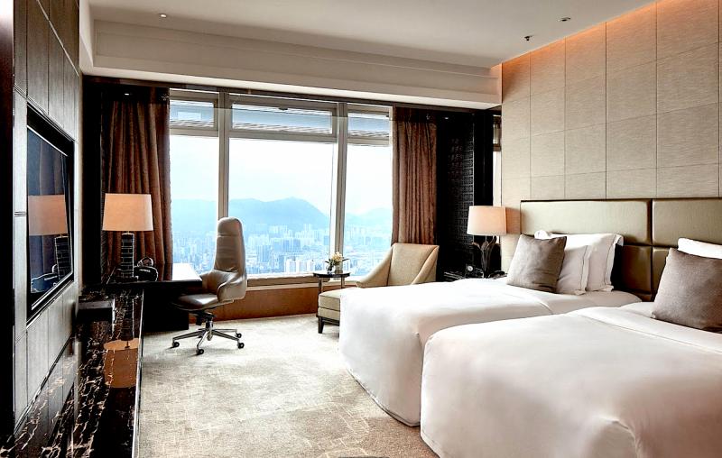 The Ritz-Carlton, Hong Kong *****   4 noci