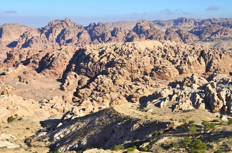 Výstup na Áronovu horu v Petře