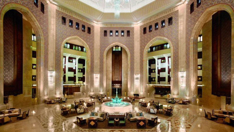 Nejlepší hotely světa: Al Bustan palace a Ritz Carlton hotel Muscat | 2 noci