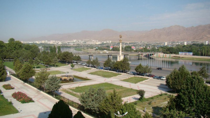 Fakultativní výlet do Tádžikistánu