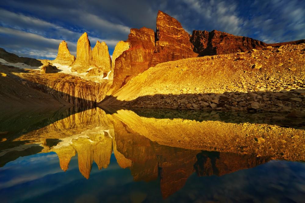 Západ slunce nad Torres del Paine