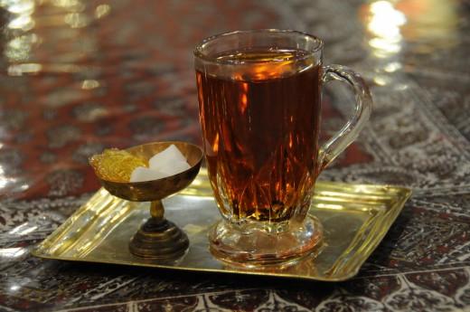 8cf72156f48c Čaj s perskými básníky v Íránském Širázu