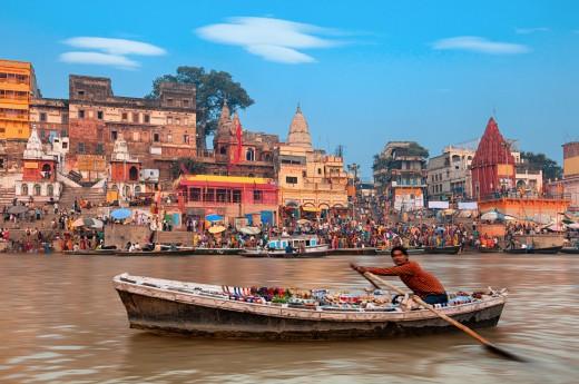 Varanasi v Indii, řeka Ganga