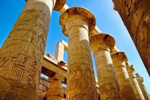 Projdeme si Velkou sloupovou síň v Karnaku