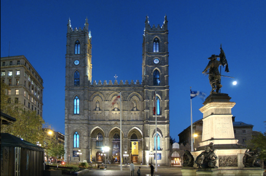 V Montrealu si prohlédnete Place d´Armes a baziliku Notre Dame